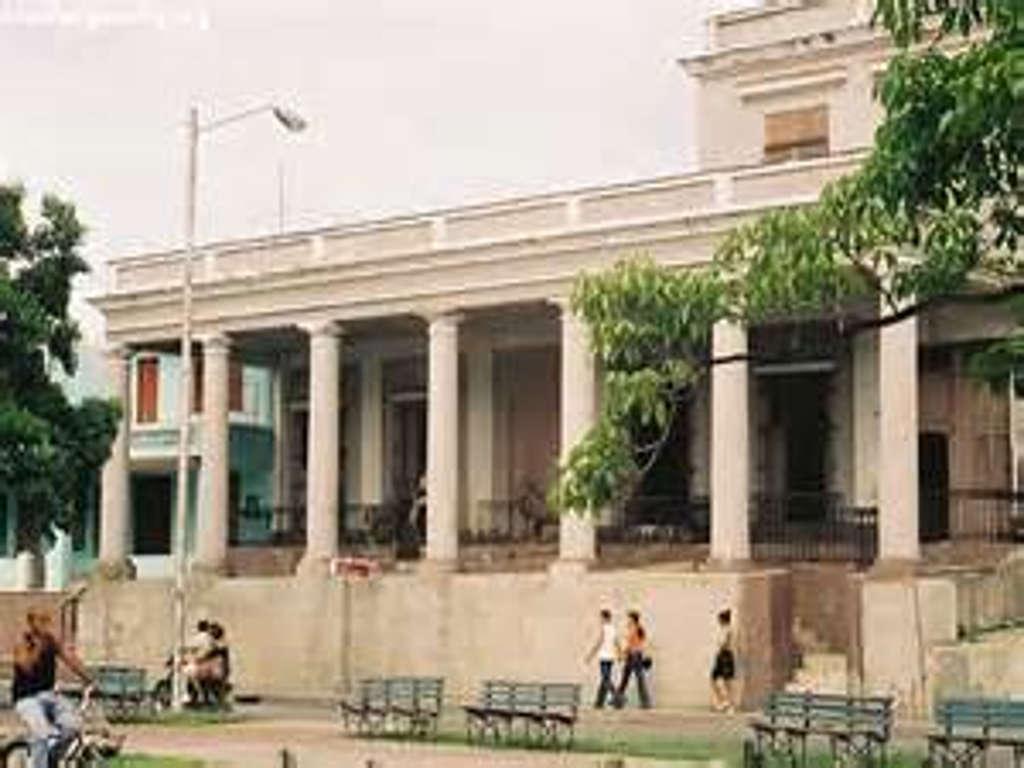 HEC278: Casa de 3 cuartos y 1 baño por $ 40.000 en Cienfuegos, Cienfuegos