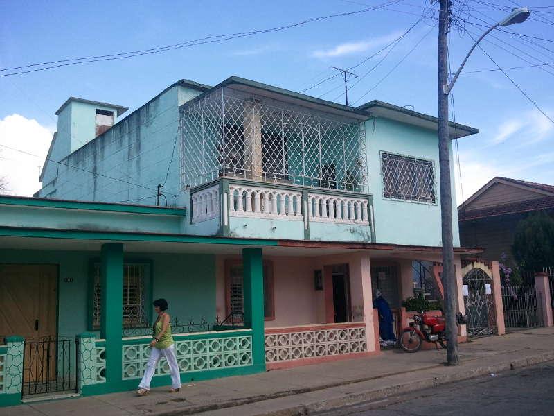 HEC288: Casa de 3 cuartos y 1 baño por $ 40.000 en Cienfuegos, Cienfuegos