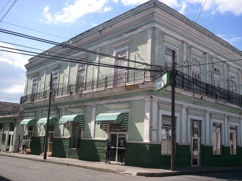 HEC302: Casa de 4 cuartos y 1 baño por $ 50.000 en Cienfuegos, Cienfuegos