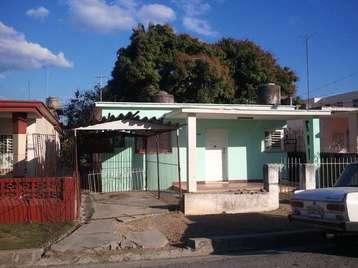 Casa en venta en Cienfuegos con  3 cuartos y 2 baños por 70.000,00$