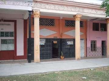 Casa en venta en Cienfuegos con  5 cuartos y 3 baños por 80.000,00$