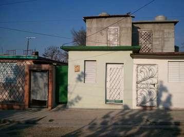 Casa en venta en Cienfuegos con  2 cuartos y 2 baños por 10.000,00$
