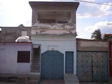 Casa en venta en Cienfuegos con  4 cuartos, 2 baños y 1 garaje por 32.000,00$