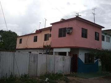 Casa en venta en Cienfuegos con  3 cuartos y 1 baño por 10.000,00$