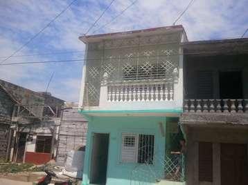 Casa en venta en Cienfuegos con  3 cuartos y 2 baños por 16.000,00$