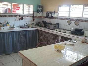 Casa en venta en Cienfuegos con  2 cuartos y 1 baño por 18.000,00$