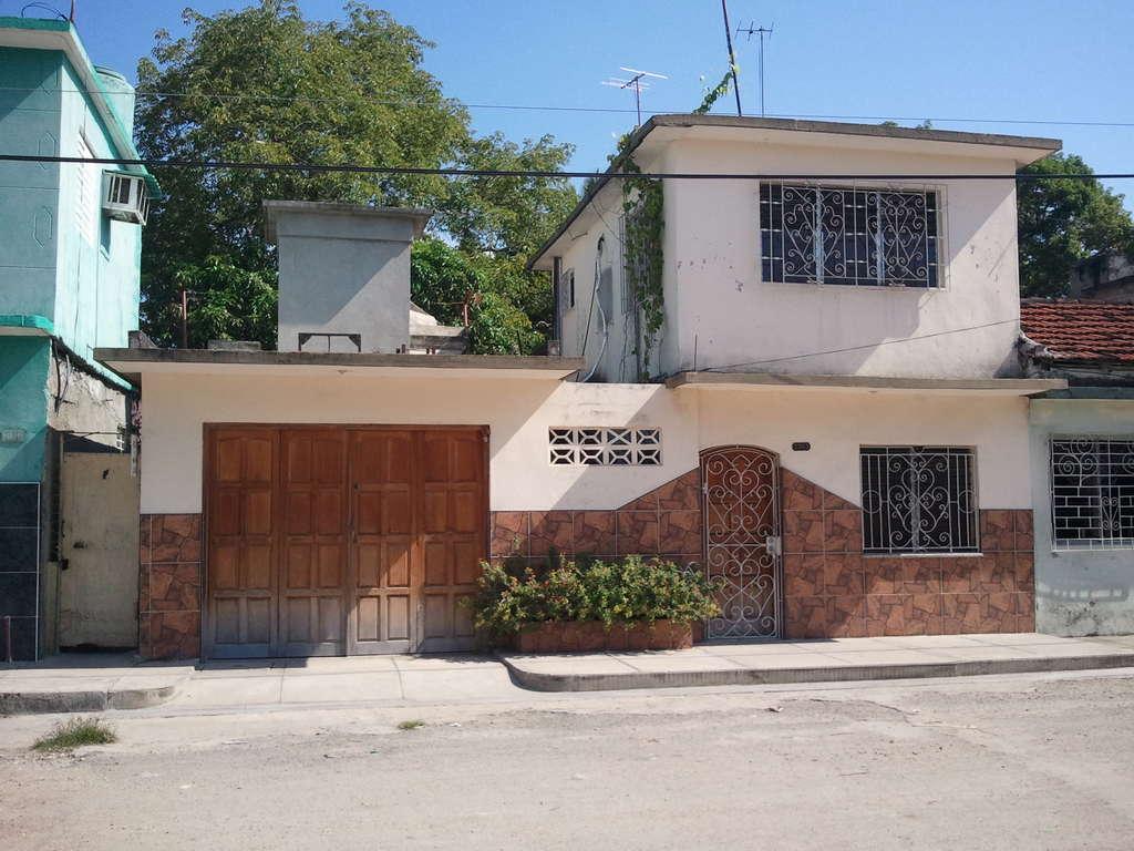 HEC451: Casa de 1 cuarto, 2 baños y 1 garaje por $ 26.000 en Cienfuegos, Cienfuegos