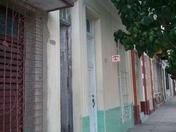 Casa en venta en Cienfuegos con  3 cuartos y 2 baños por 35.000,00$