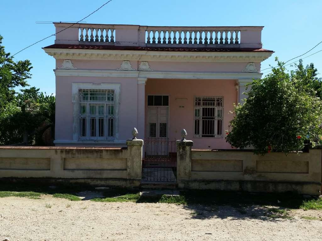 HEC470: Casa de  4 cuartos y 2 baños por $ 70.000 en Cienfuegos, Cienfuegos