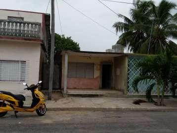 Casa en venta en Cienfuegos con  2 cuartos y 1 baño por 35.000,00$