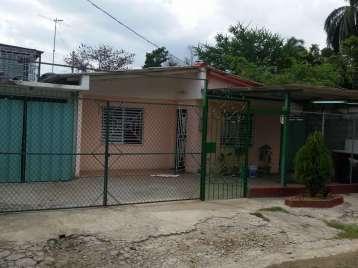 Casa en venta en Cienfuegos con  3 cuartos, 2 baños y 1 garaje por 20.000,00$