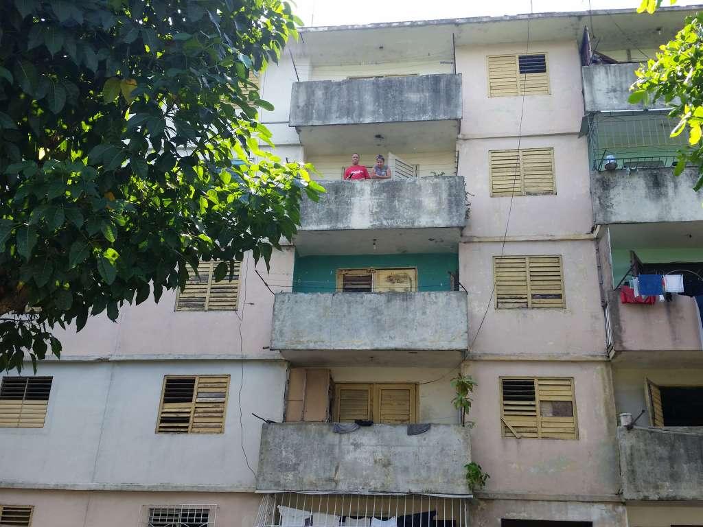HEC484: Apartamento de 3 cuartos y 1 baño por $ 6.000 en Cienfuegos, Cienfuegos