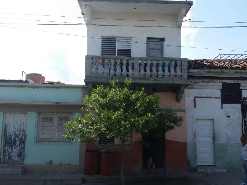 HEC485: Casa de 4 cuartos y 2 baños por $ 25.000 en Cienfuegos, Cienfuegos