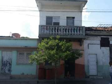 Casa en venta en Cienfuegos con  4 cuartos y 2 baños por 25.000,00$