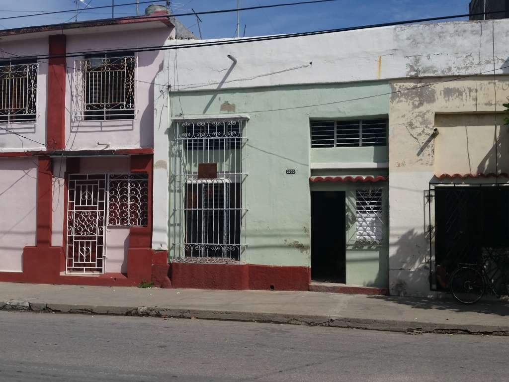 HEC489: Casa de 3 cuartos y 1 baño por $ 20.000 en Cienfuegos, Cienfuegos