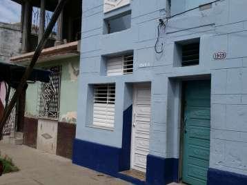 Casa en venta en Cienfuegos con  1 cuarto y 1 baño por 15.000,00$