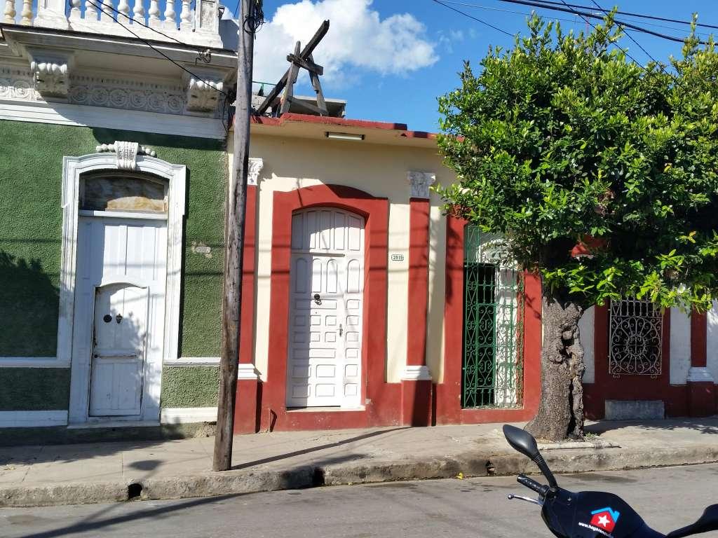 HEC498: Casa de 5 cuartos y 1 baño por $ 90.000 en Cienfuegos, Cienfuegos