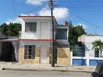 Casa en venta en Cienfuegos con  4 cuartos y 2 baños por 50.000,00$