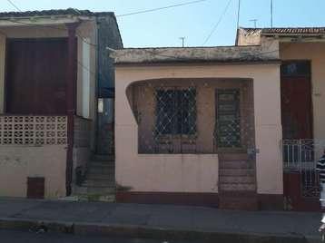Casa en venta en Cienfuegos con  2 cuartos y 1 baño por 20.000,00$