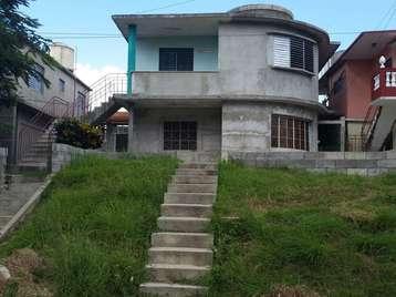 Casa en venta en Cienfuegos con  3 cuartos y 1 baño por 32.000,00$