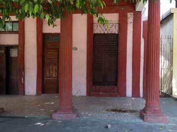 Casa en venta en Cienfuegos con  3 cuartos, 1 baño y 1 garaje por 26.000,00$