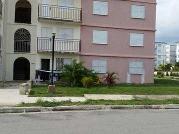 Apartamento en venta en Cienfuegos con  3 cuartos y 1 baño por 22.000,00$