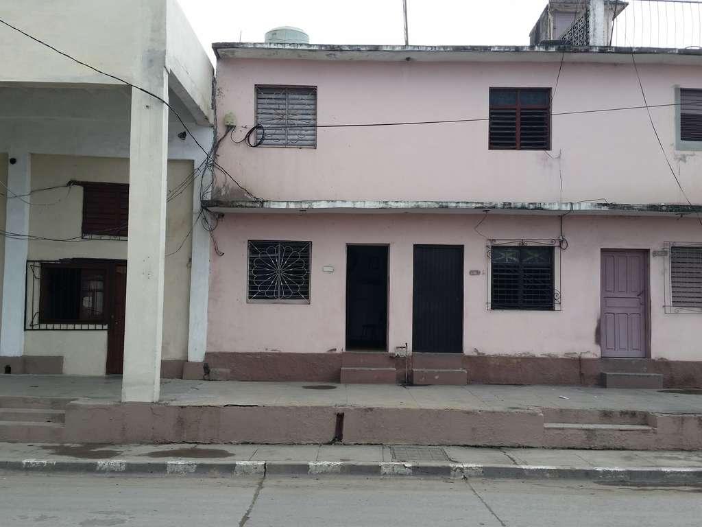 HEC562: Casa de 2 cuartos y 2 baños por $ 20.000 en Cienfuegos, Cienfuegos