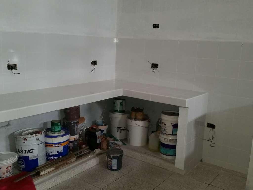Hec565 Casa En Venta En Cienfuegos Con 4 Cuartos Y 4