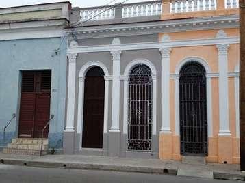 Casa en venta en Cienfuegos con  4 cuartos y 4 baños por 110.000,00$
