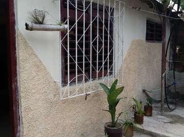 Casa en venta en Cienfuegos con  1 cuarto y 1 baño por 5.500,00$