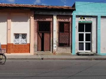 Casa en venta en Cienfuegos con  ? cuartos y ? baños por 10.000,00$