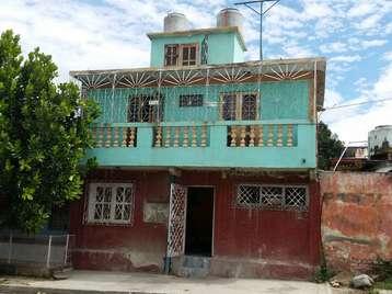 Casa en venta en Cienfuegos con  2 cuartos y 2 baños por 20.000,00$