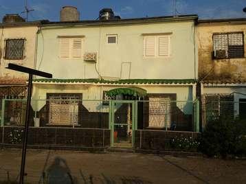 Apartamento en venta en Cienfuegos con  3 cuartos y 2 baños por 60.000,00$