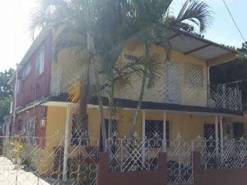 Casa en venta en Cienfuegos con  6 cuartos y 3 baños por 25.000,00$
