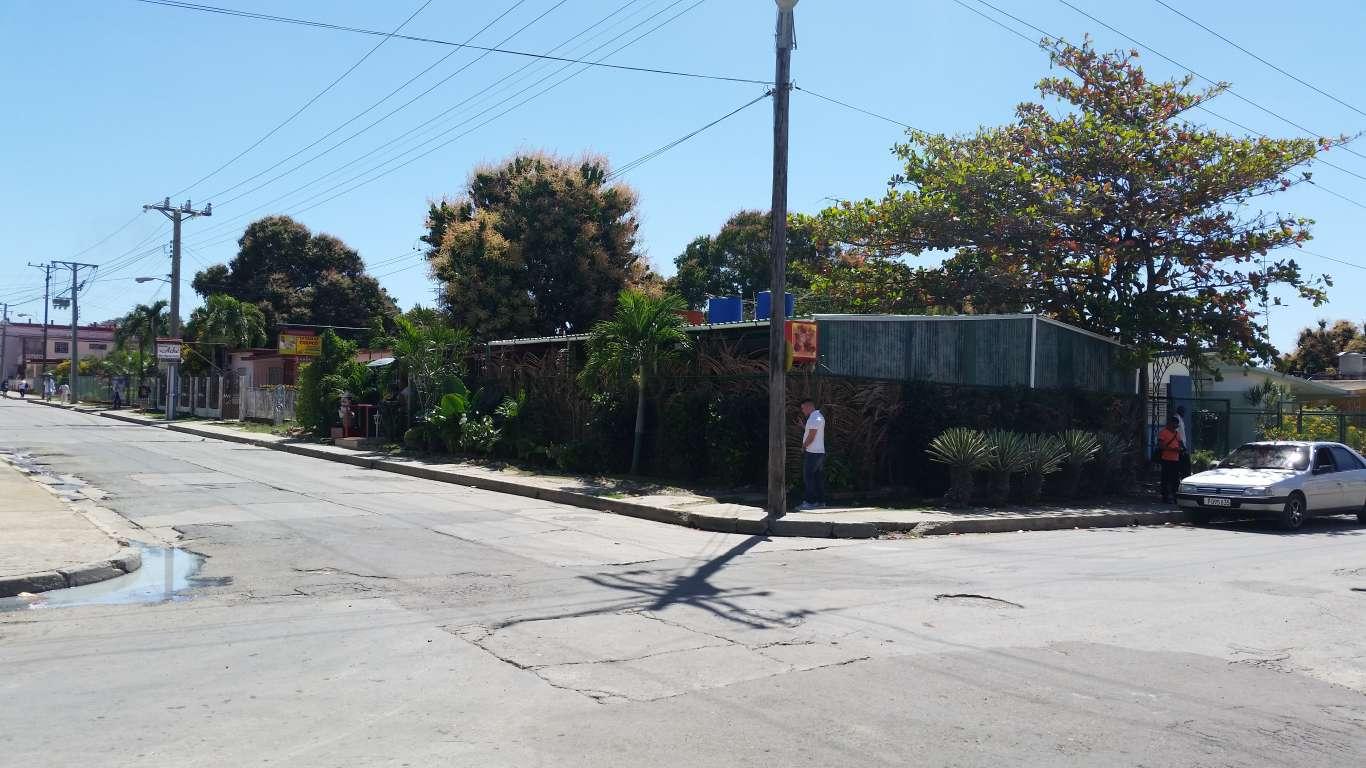 Casa en venta en Cienfuegos con  3 cuartos y 1 baño por $ 90.000