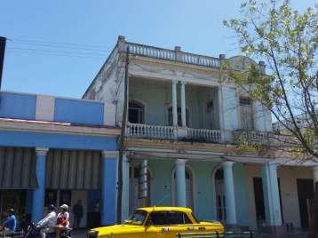 Casa en venta en Cienfuegos con  4 cuartos y 1 baño por 40.000,00$