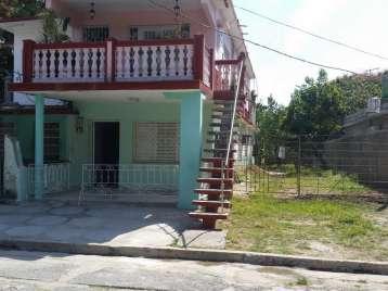Casa en venta en Cienfuegos con  2 cuartos y 1 baño por 40.000,00$