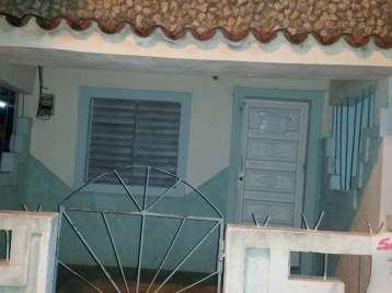 Casa en venta en Cienfuegos con  2 cuartos y 1 baño por 7.500,00$