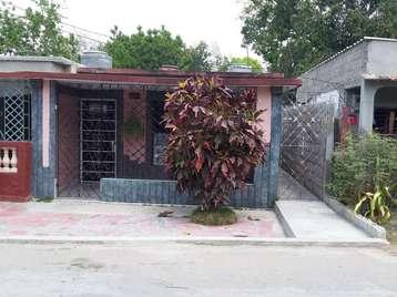 Casa en venta en Cienfuegos con  3 cuartos y 1 baño por 20.000,00$