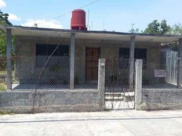 Casa en venta en Cienfuegos con  3 cuartos y 2 baños por 50.000,00$