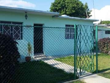 Casa en venta en Cienfuegos con  4 cuartos y 3 baños por 80.000,00$