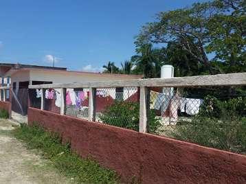 Casa en venta en Cienfuegos con  3 cuartos y 1 baño por 17.000,00$