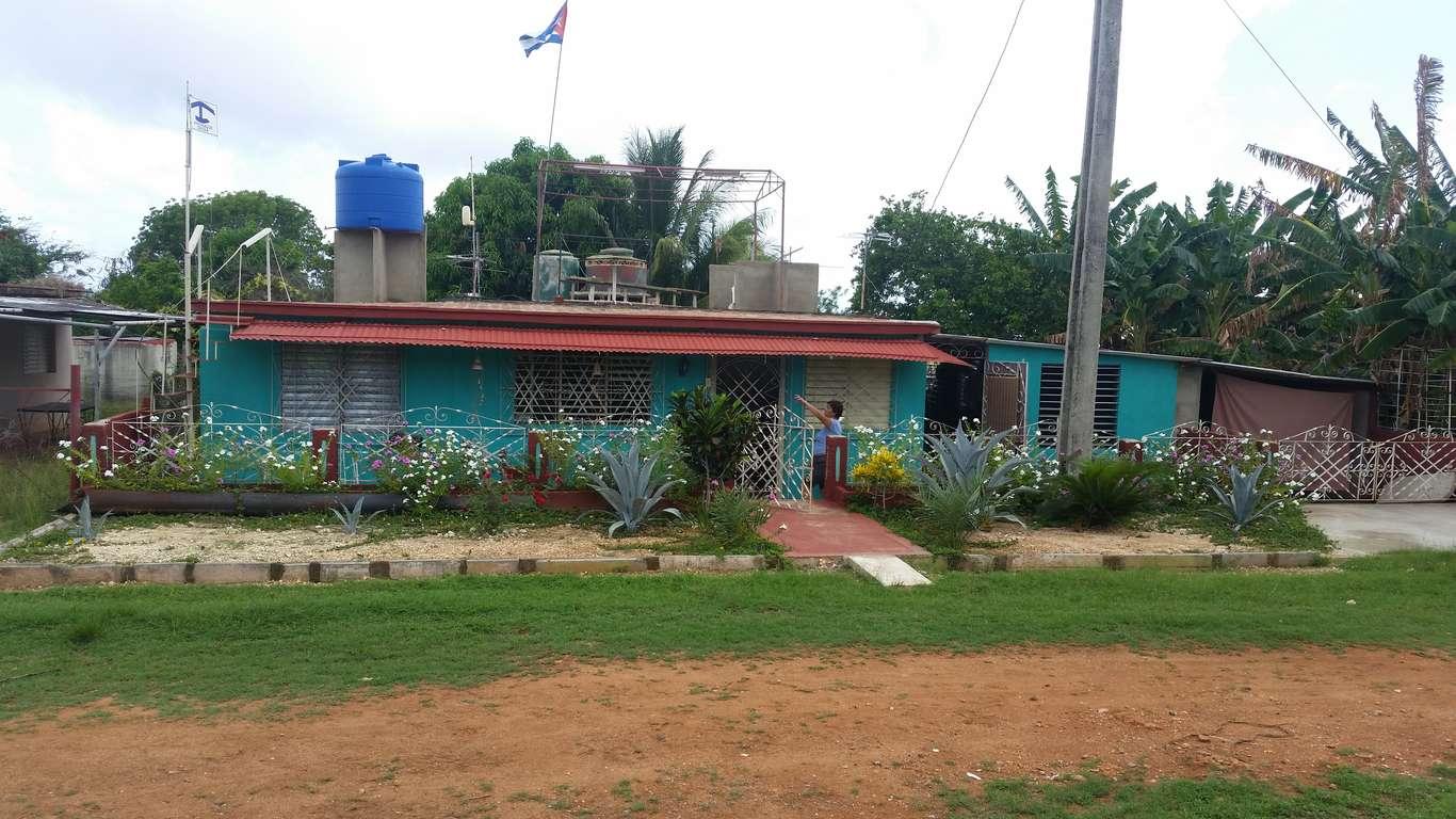 Casa en venta en Cienfuegos con  6 cuartos y 6 baños por $ 250.000