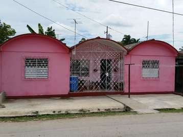 Casa en venta en Cienfuegos con  2 cuartos y 1 baño por 17.000,00$