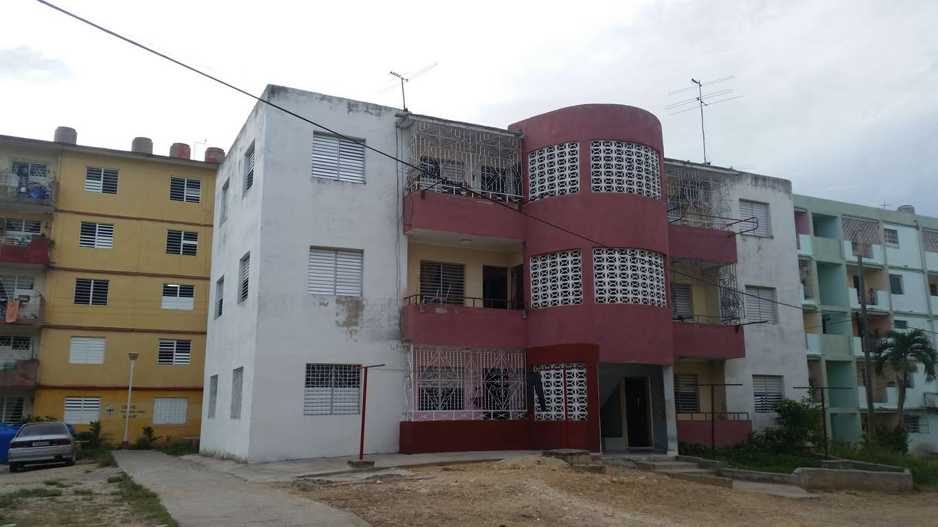 HEC664: Apartamento de 3 cuartos y 1 baño por $ 20.000 en Cienfuegos, Cienfuegos