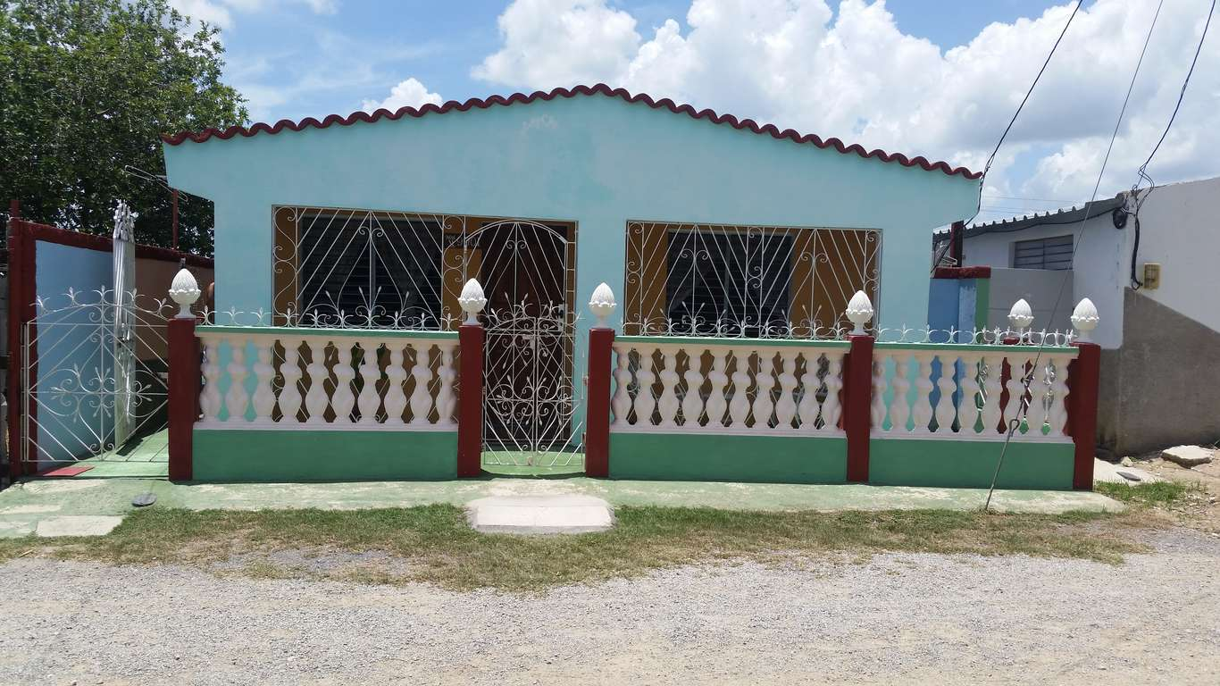 HEC666: Casa de 3 cuartos y 1 baño por $ 20.000 en Cienfuegos, Cienfuegos