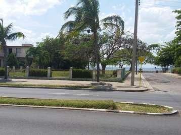 Terreno en venta en Cienfuegos  1800 metros cuadrados por $100,000