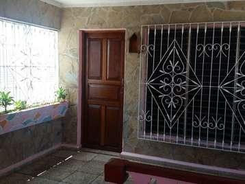 Casa en venta en Cienfuegos con  3 cuartos y 3 baños por 37.000,00$