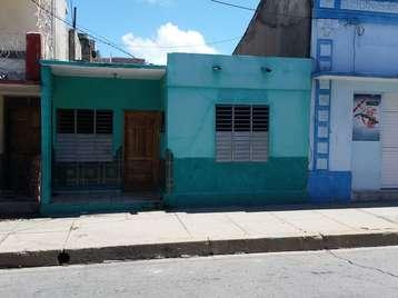 Casa en venta en Cienfuegos con  2 cuartos y 1 baño por 22.000,00$