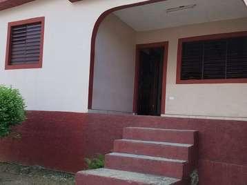Casa en venta en Cienfuegos con  3 cuartos y 1 baño por 23.000,00$